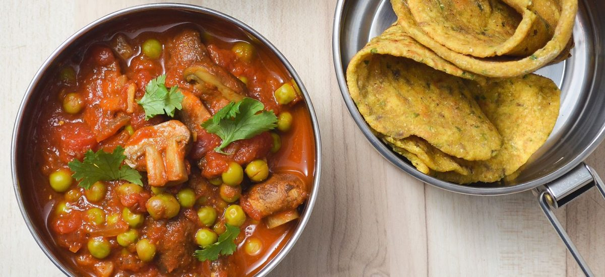 Pilz-Curry mit Kichererbsen-Roti